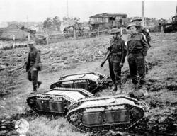 250px-Mini-tanks-p012953.jpg